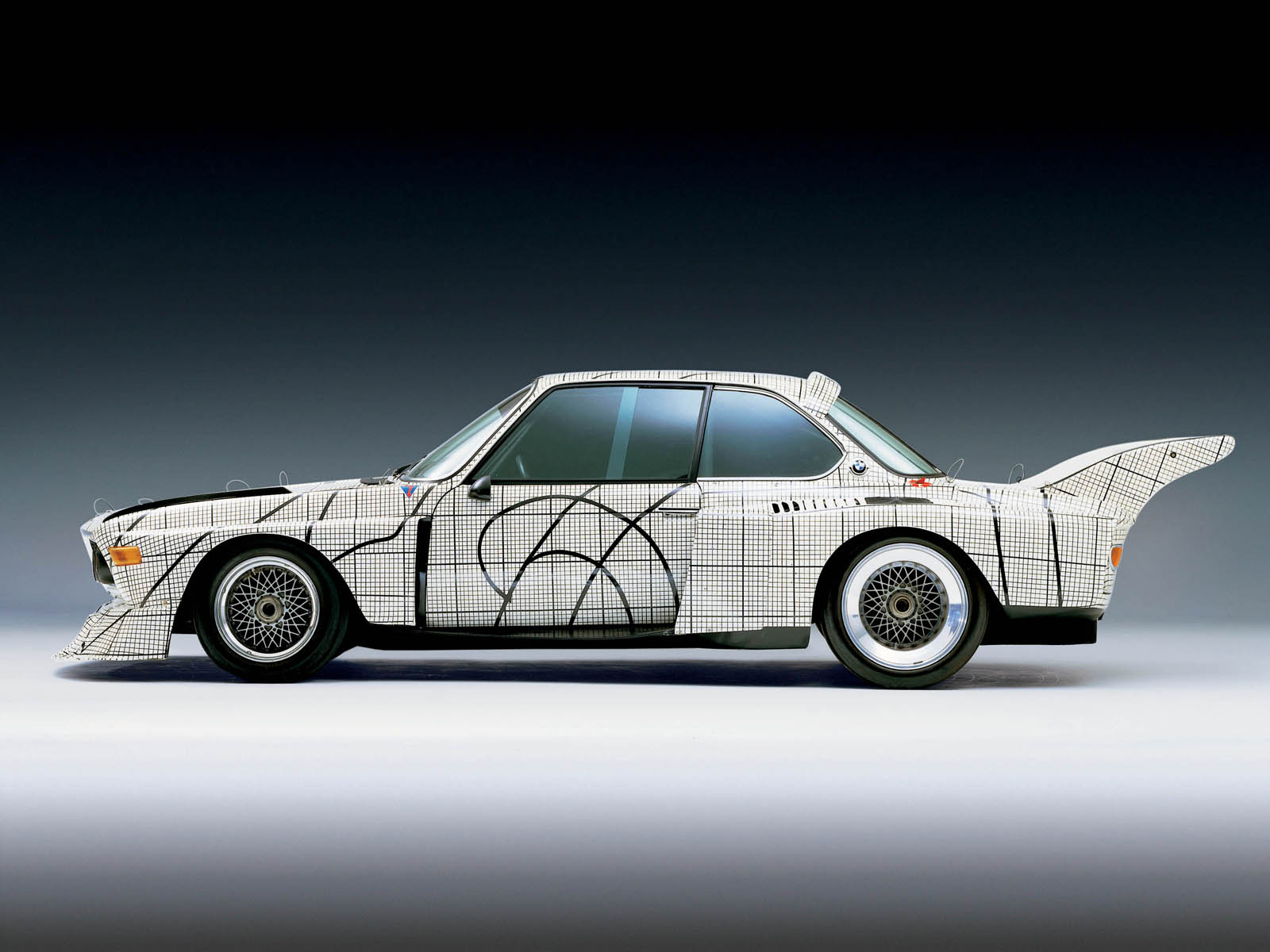 got to see bmw art cars autos craze autos blog. Black Bedroom Furniture Sets. Home Design Ideas