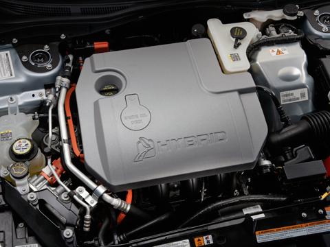 تقرير عن السيارة الامريكية فورد فيوجن 2011