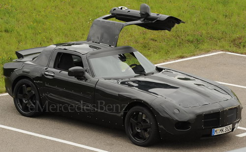 spy_shots_mercedes_benz_slc_gullwing_new_images_1