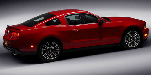 2010_ford_mustang_gt3