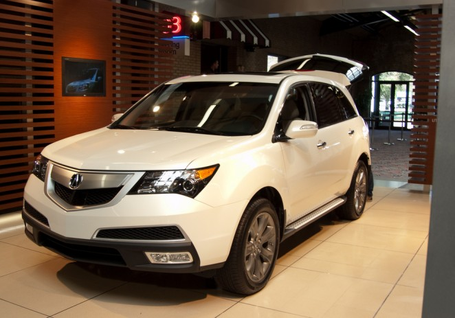 2011 Acura MDX Continues to Deliver Benchmark Performance, Comfort and Control