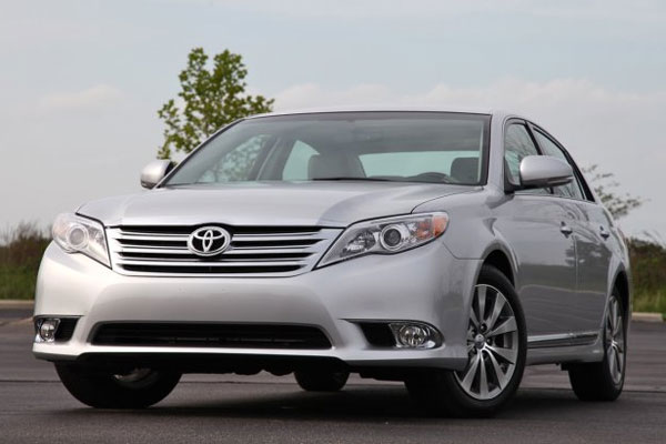 2012 toyota avalon a review autos craze autos blog. Black Bedroom Furniture Sets. Home Design Ideas