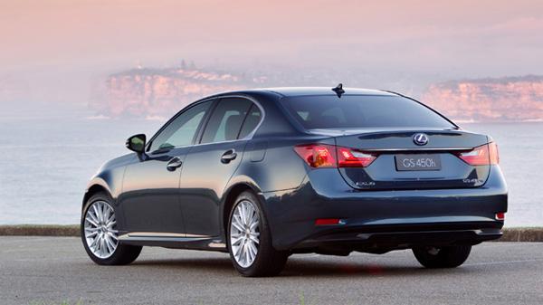 http://www.autoscraze.com/wp-content/uploads/2012/08/2013-Lexus-GS-450h2.jpg
