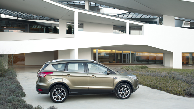 Ford_Kuga_Muscular_lines
