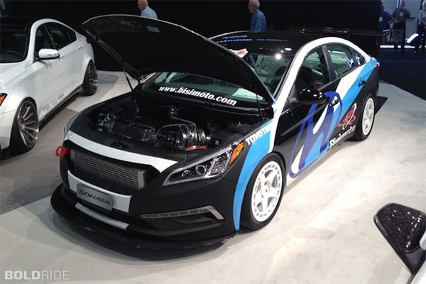 Hyundai Surprises Visitors with Bisimoto Sonata at the SEMA Show