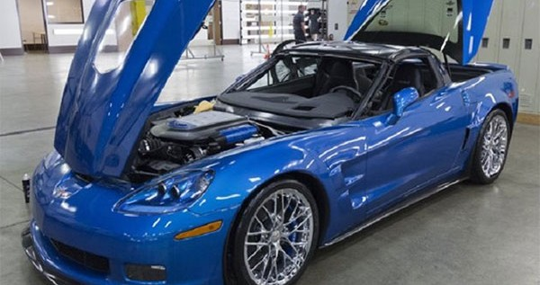 The Blue Devil Sinkhole Corvette ZR1 Shows Up at the SEMA 2014