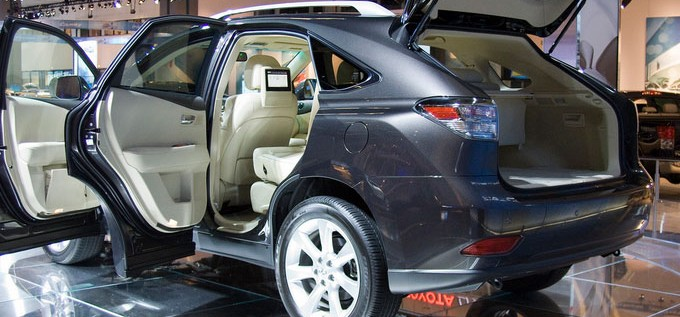 Buying A Lexus? These Ingenious Ideas Will Get You Cheaper Insurance!