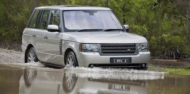 Buying An SUV? Here's Why You Need To Seriously Consider A Land Rover!