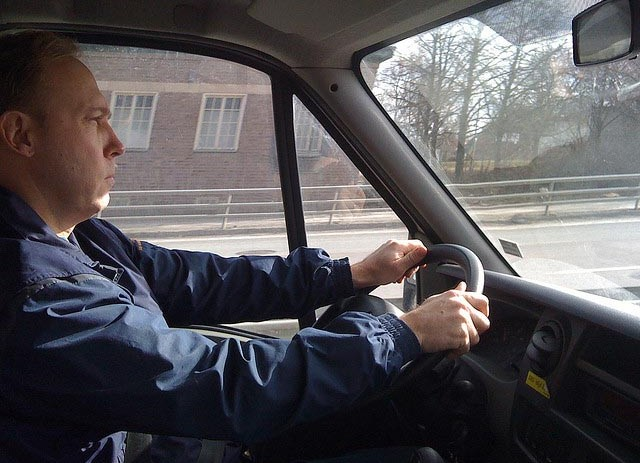 How To Ensure Your Professional Drivers Use The Road Legally