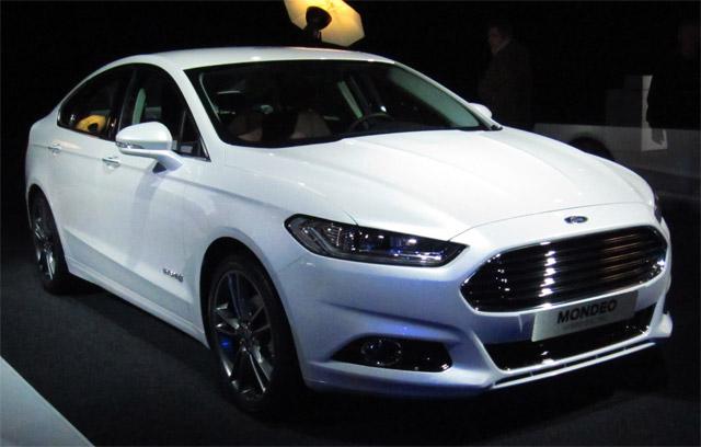 Ford-Mondeo-sedan