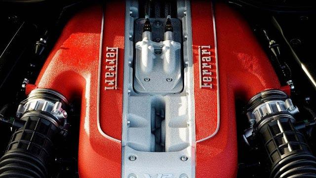 Ferrari 812 Engine