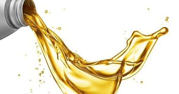 The Telltale Signs Your Engine Oil Is Giving You
