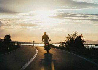 5 Safety Tips Seasoned Bikers Swear By